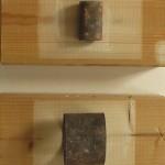 Tata, Papa, Hommage - Zeitspuren. Objekt auf Holz. 11,5 x 6 x 24 cm, 2014